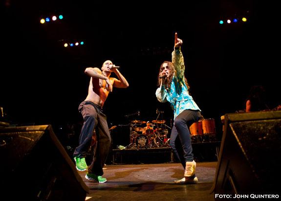 Calle 13 actuó en el Hackney Empire de Londres