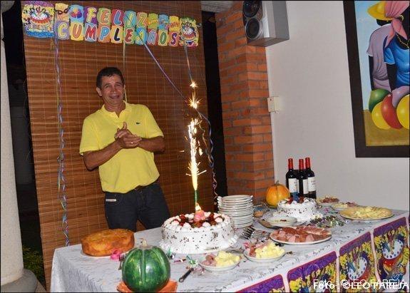 El empresario Carlos Bustos Villegas celebró su cumpleaños