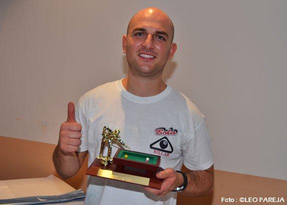 Alexander González campeón Torneo de Billar