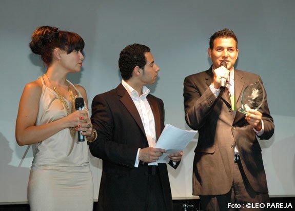 Artistas latinos premiados por su talento