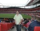 leo-en-emirates-stadium.jpg