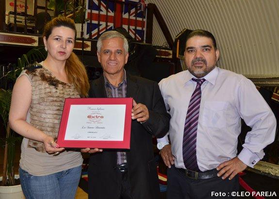 Leo Rojas, cantante latino recibe premio en Londres