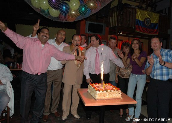 Ricardo Fuentes celebró aniversario de La Bodeguita