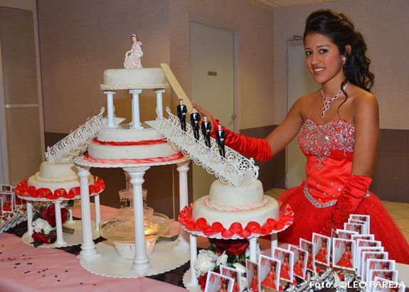 Valentina Zapata Pareja y su fiesta de 15 años