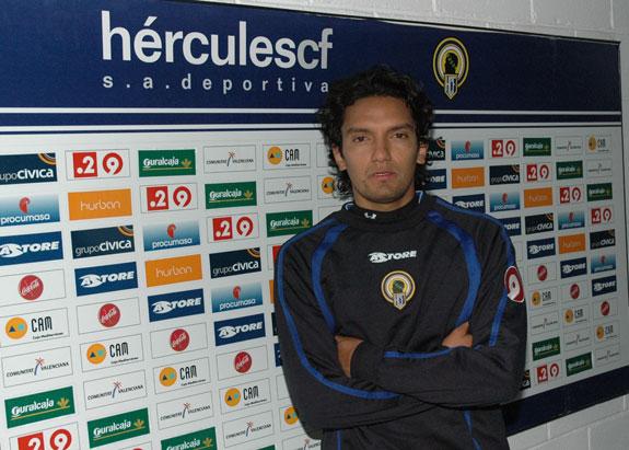 Abel Aguilar se quedó sin ascenso a primera