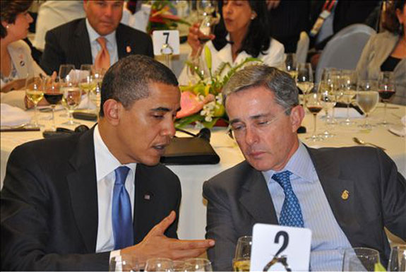 OPINION: Obama vs Uribe: lucha de titanes