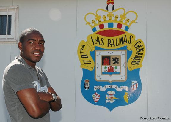 Edixon Perea sigue en debutar en Las Palmas