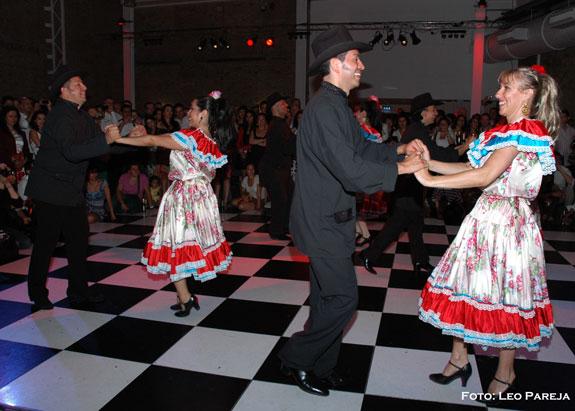 15 y 16 de Nov: Danzas y música en el Bolívar Hall