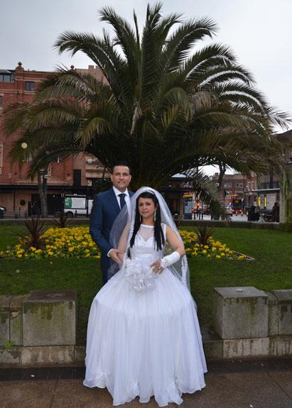 Albert Villa y Luz Aleida Cardona contraen boda