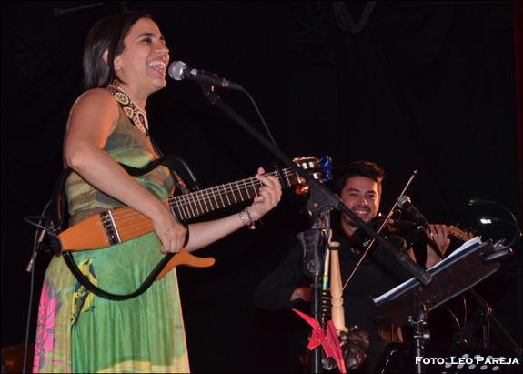 Tras su debut, Marta Gómez cautiva al público en Pereira