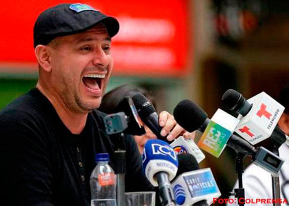 El humorista José Ordoñez busca récord de 86 horas de chistes