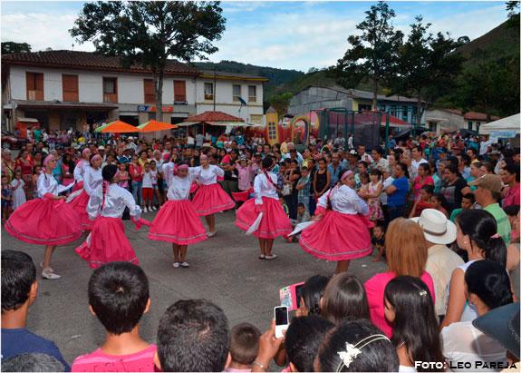 La Celia celebró Día del Campesino con premios, música y cultura