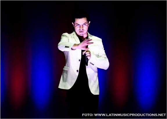 El comediante colombiano Piter Albeiro hizo 'llorar de la risa' en Londres