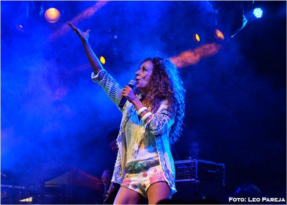 Brillante show de Rosario Flores en fiestas aniversarias de Pereira