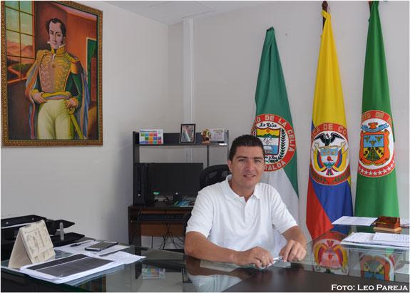 """Adrián Serna, alcalde de La Celia: """"Los procesos deben tener continuidad"""""""